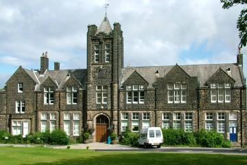 Ilkley_Grammar_School_main_building